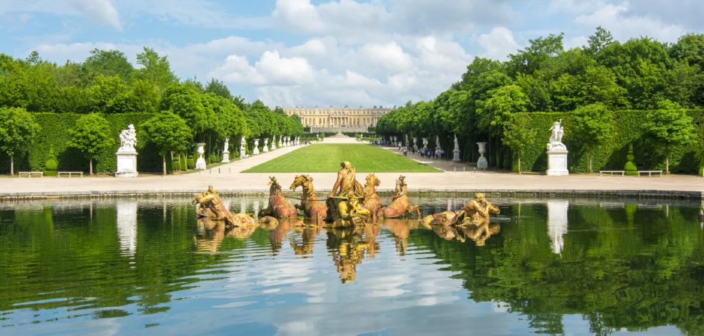 Versailles chateau Castle Finding France