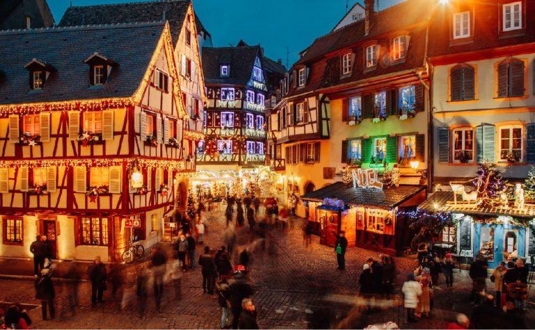 Christmas market Strasbourg Alsace Finding France